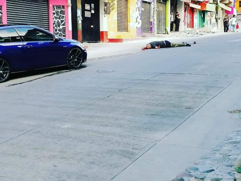 Balacera deja SEIS MUERTOS y una mujer lesionada en la Tres de Mayo de Emiliano Zapata