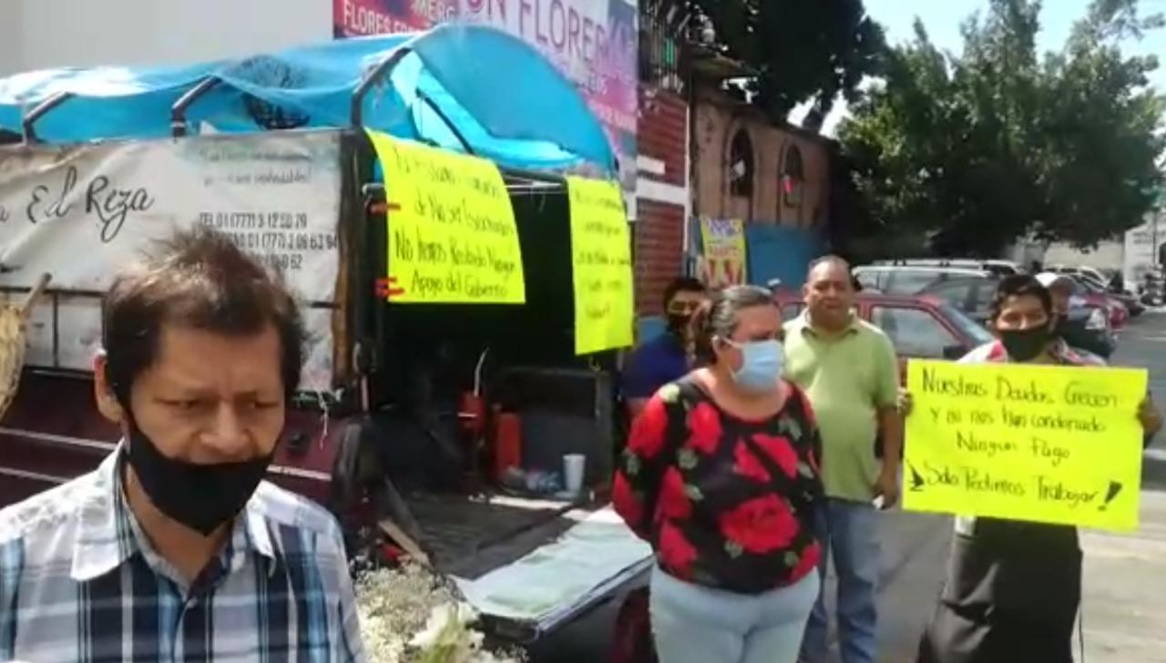 Vendedores de Flores del Mercado Adolfo López Mateos de Cuernavaca ya quieren regresar a sus actividades