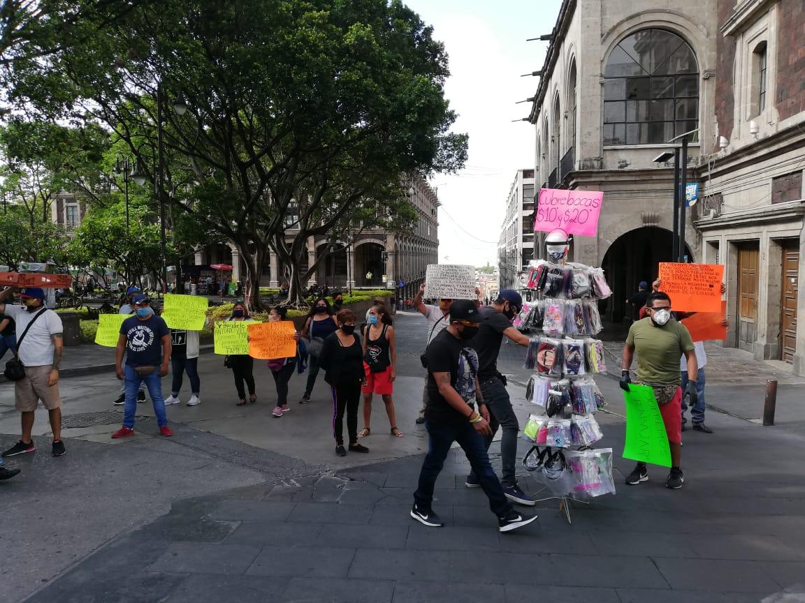 Comerciantes y autoridades protagonizan confrontación en el centro de Cuernavaca
