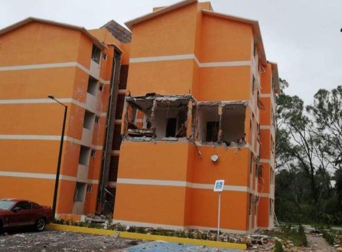 Explosión de tanque de gas en departamento de Zona Militar genera alarma en Cuernavaca