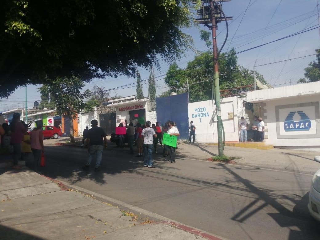 Vecinos de la Barona se vuelven a manifestar en contra de SAPAC, reclaman incrementos de hasta un 100%