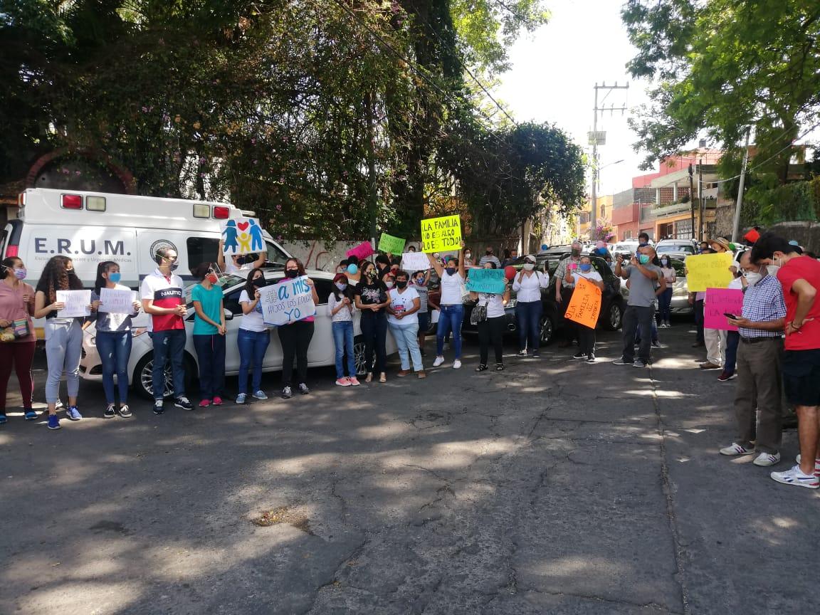 Miembros de organizaciones religiosas se manifiestan en contra de la aprobación de la Ley de Identidad Sexo-Genérica