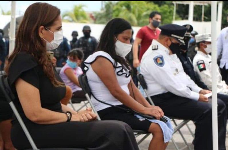 Muere de tristeza, esposa de policía ejecutado en Cancún