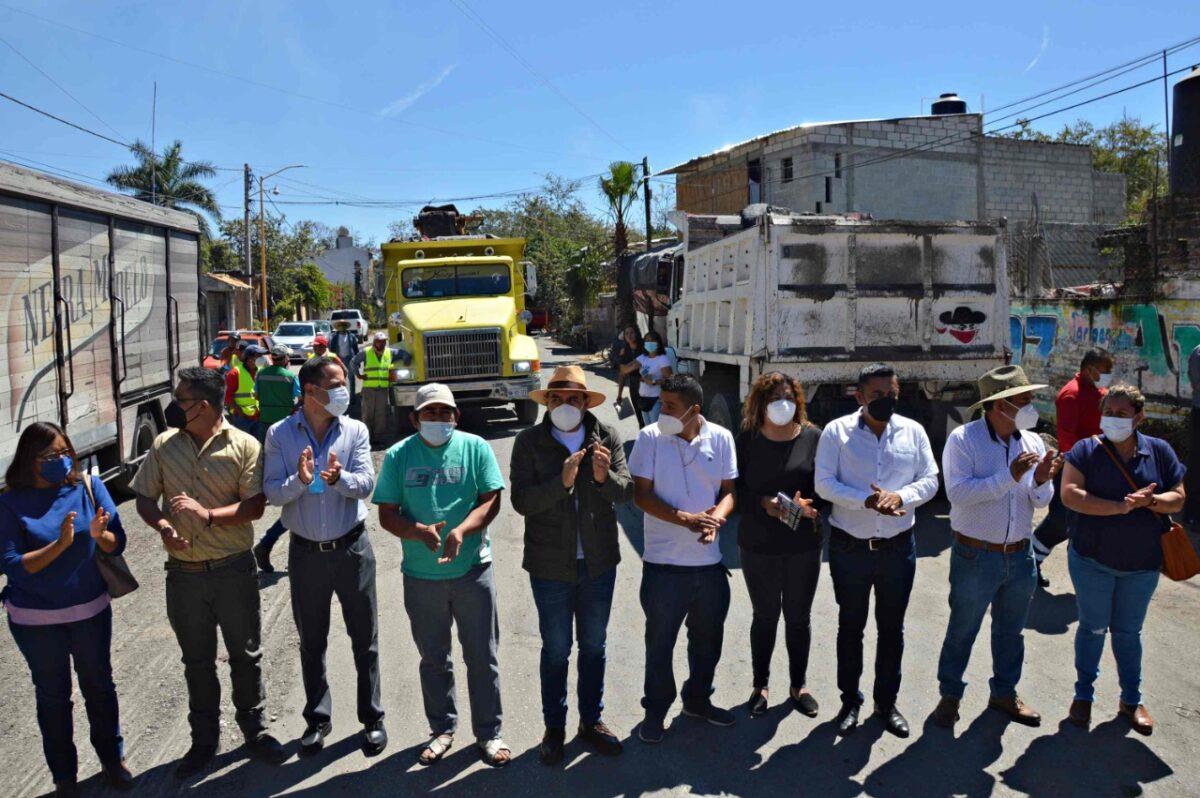 Inicia Agustín Alonso trabajos de reencarpetamiento del Bulevar La Perseverancia
